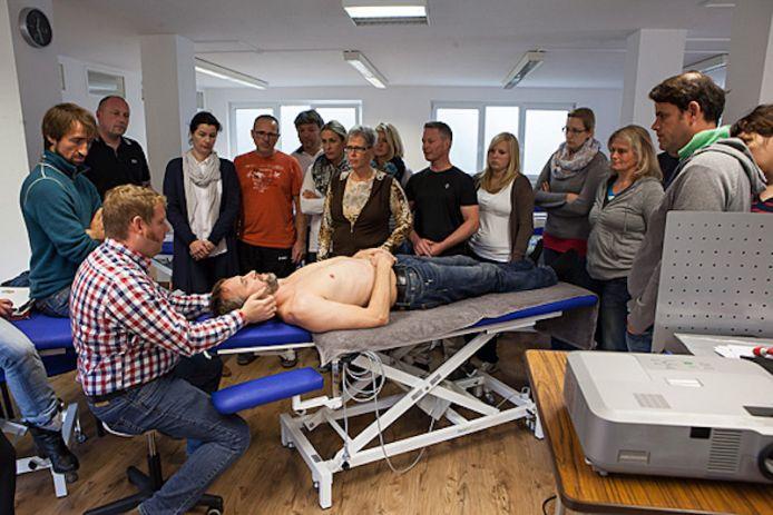 Ausbildung Chiropraktik - acon COLLEG